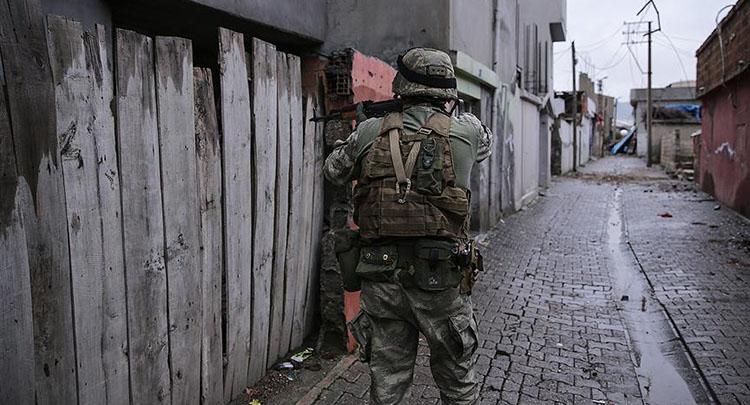 Diyarbakır'da terör saldırısı: 1 şehit