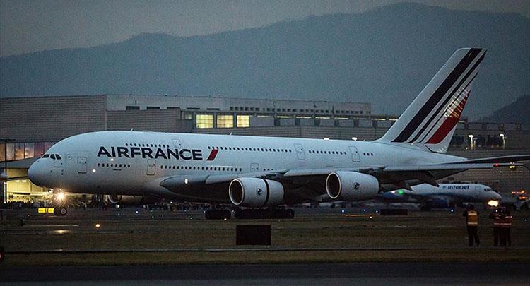 Fransız havayolu şirketi 15 Müslüman yolcuyu uçağa kabul etmedi