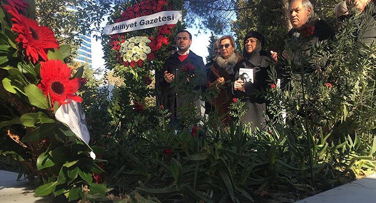 Abdi İpekçi mezarı başında anıldı