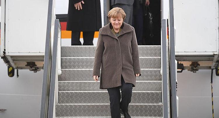 Almanya Başbakanı Merkel yarın Türkiye'ye gelecek