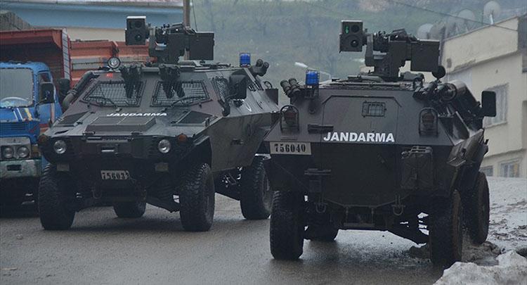 Silopi'de 5 terörist güvenlik güçlerine teslim oldu
