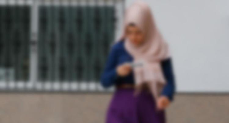 Lise öğrencisi başörtüsü nedeniyle darbedildi