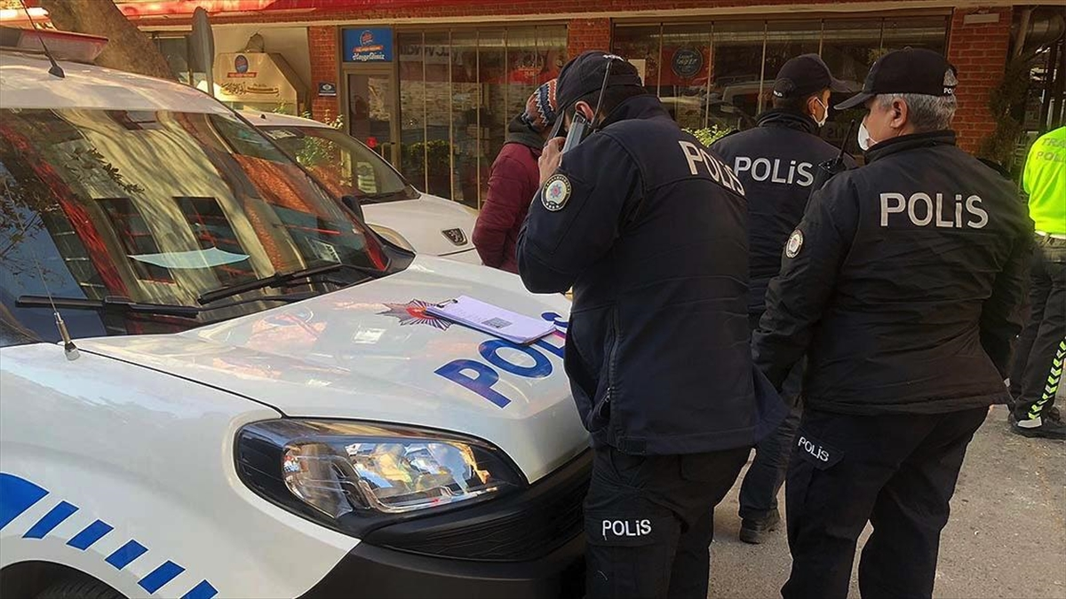 21-28 Aralık'ta sokağa çıkma kısıtlamalarına uymayan 40 bin 591 kişi hakkında adli/idari işlem yapıldı