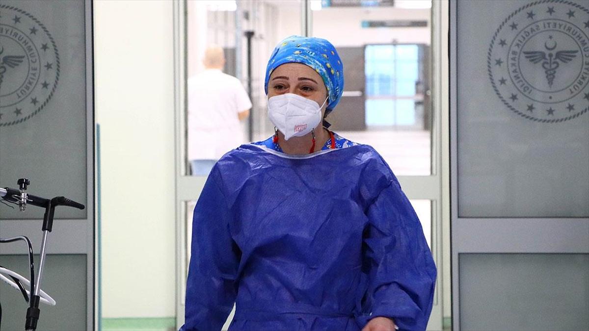 Dr. Ebru Gelgeç: Bizi en çok yoran şey hasta yakınlarına kötü haber vermek