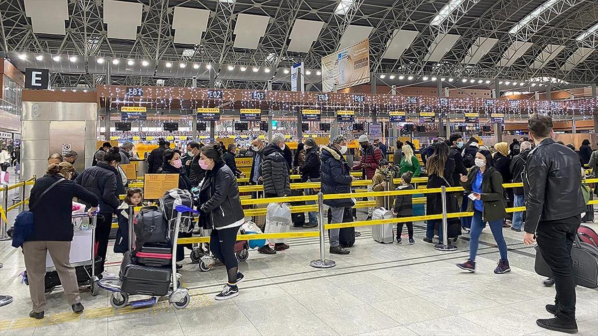 Sabiha Gökçen'deki günlük yolcu sayısında yılın ilk rekoru kırıldı