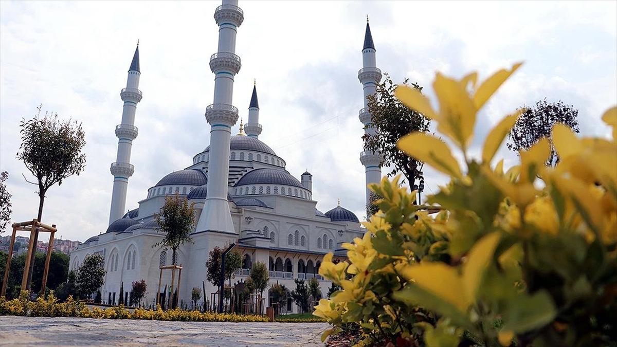 İsmini kömürü bulan Uzun Mehmet'ten alan cami açılışa hazır