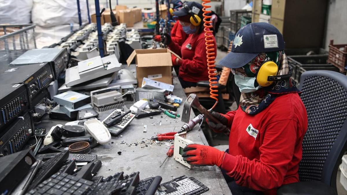 Elektronik atıkların yüzde 5'i geri dönüştürülebiliyor