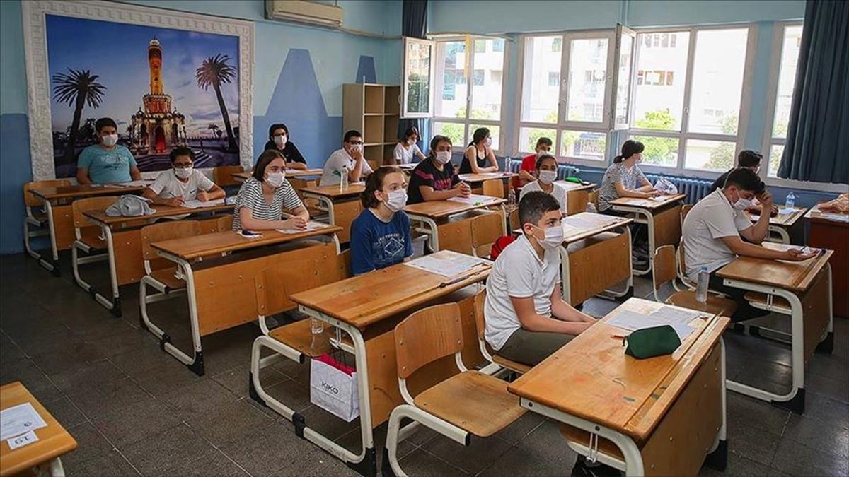 LGS'de öğrencilerin yaklaşık yüzde 35'i sınavla girilen liseleri tercih etti