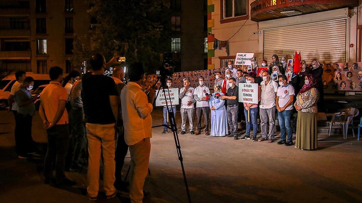 Evlat nöbetini 24 saat tutan Diyarbakır annelerinden destek çağrısı