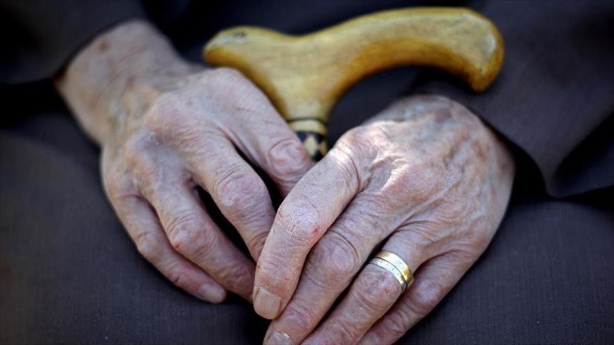 Alzaymır hastalığının ilk teşhisinde aile hekimlikleri önem taşıyor