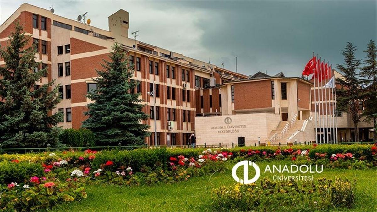Anadolu Üniversitesinde 'İkinci Üniversite' kayıt tarihleri uzatıldı
