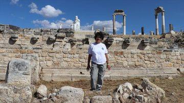 İtalyan arkeolog 'kalbim' dediği Hierapolis'ten kopamadı